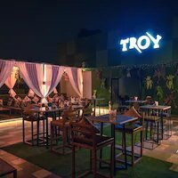 Troy lounge and bar, Punjabi Bagh - The Meal Deals
